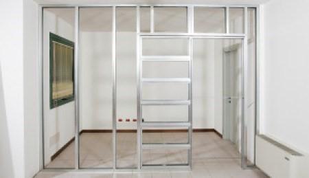 Dvojitý rám pre sadrokartón - Spojenie s kostrou