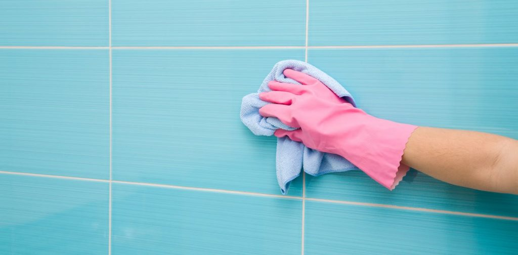 Výhody celosklenených dverí - Snadná údržba